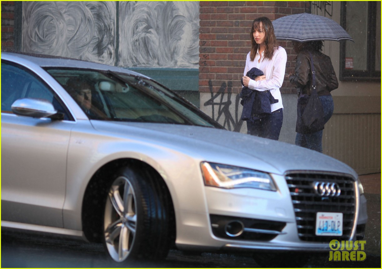 jamie dornan dakota johnson anastasia gets her new car 353033348