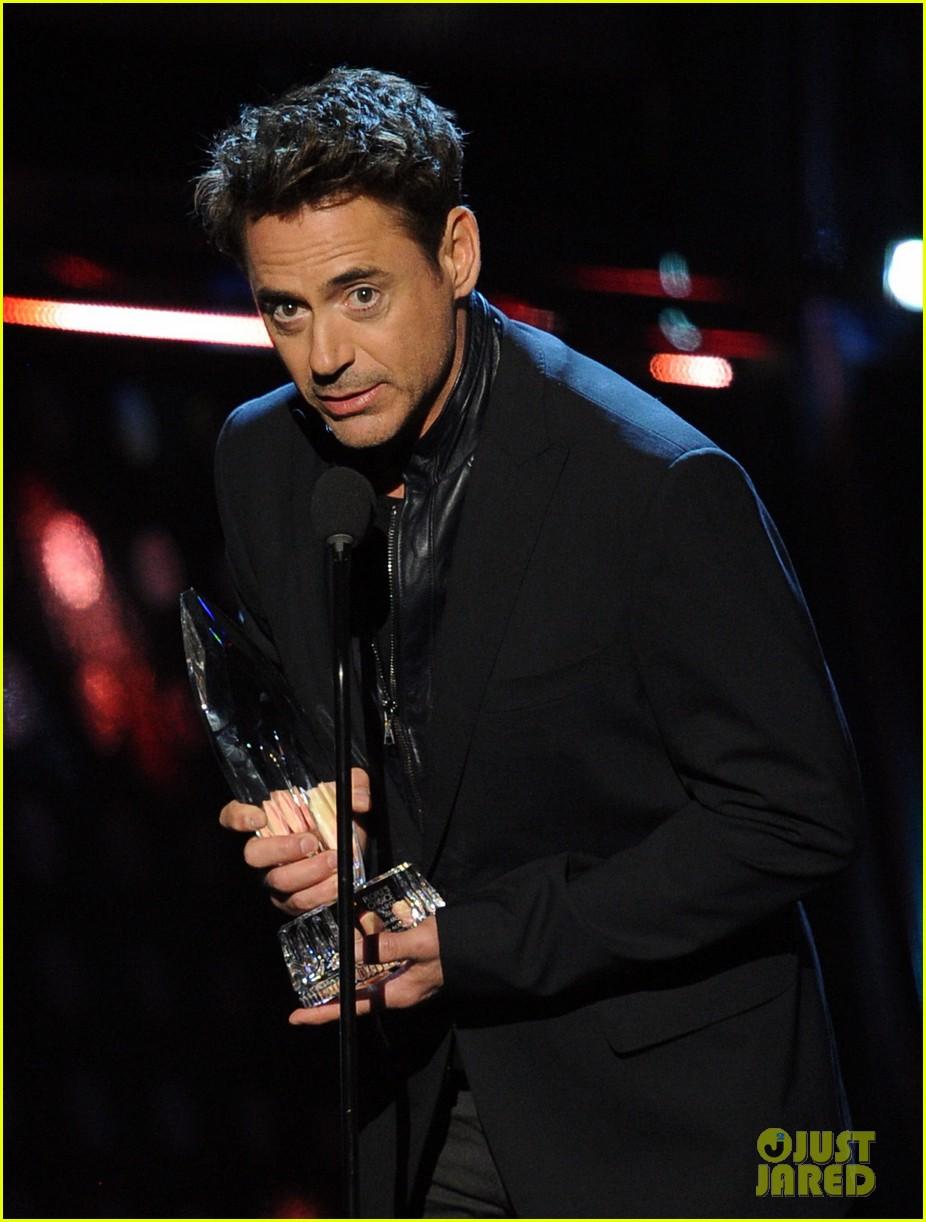 robert downey jr wins favorite action movie star at pcas 073025899