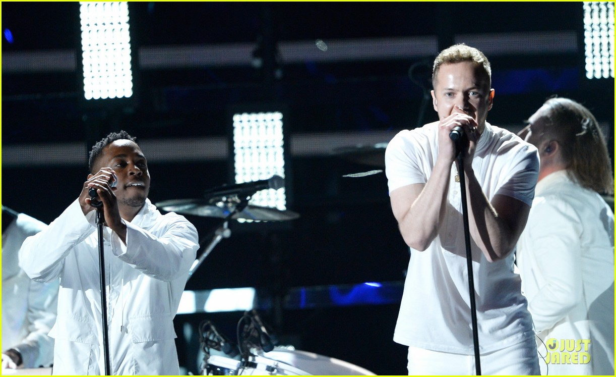 imagine dragons performs radioactive with kendrick lamar at grammys 2014 video 163041429
