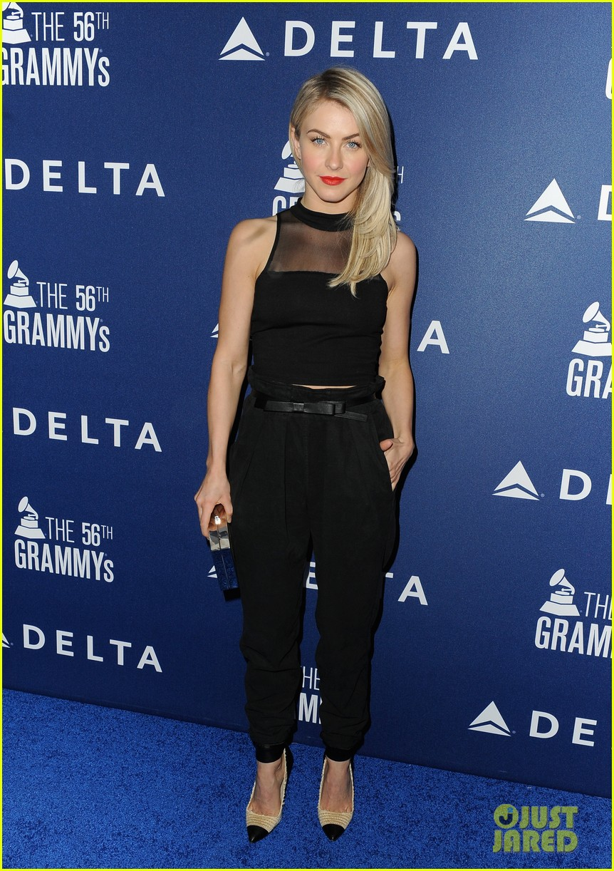 hilary duff julianne hough delta airlines pre grammy party 043039102