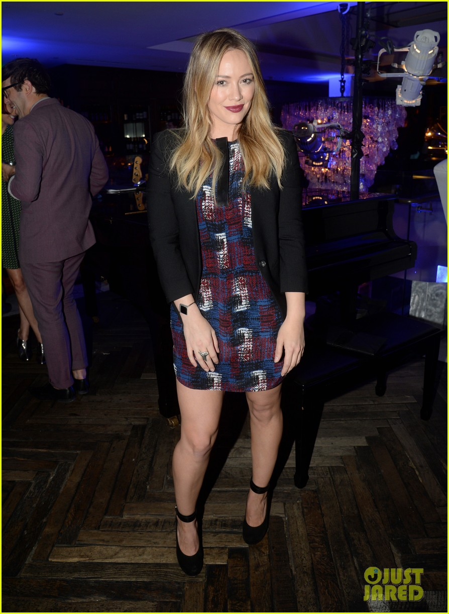 hilary duff julianne hough delta airlines pre grammy party 233039121
