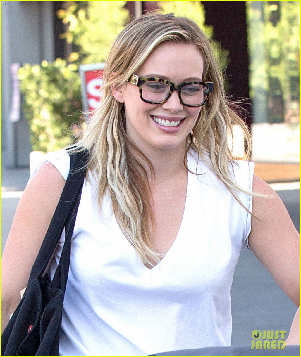 hilary duff gets lunch with luca after fancy new years eve 073021805