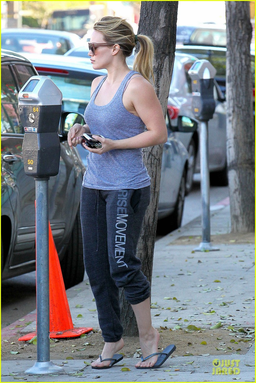 hilary duff weekend flea market stop with luca 133041790