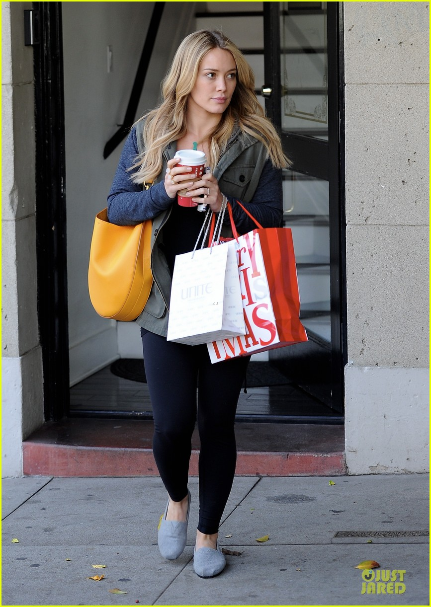 hilary duff park date with luca after hair appointment 183022421