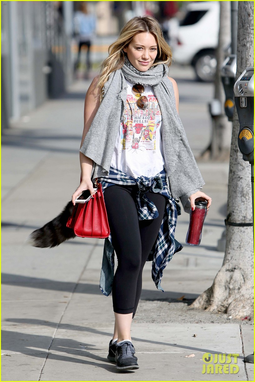 hilary duff solo cecconis lunch 19