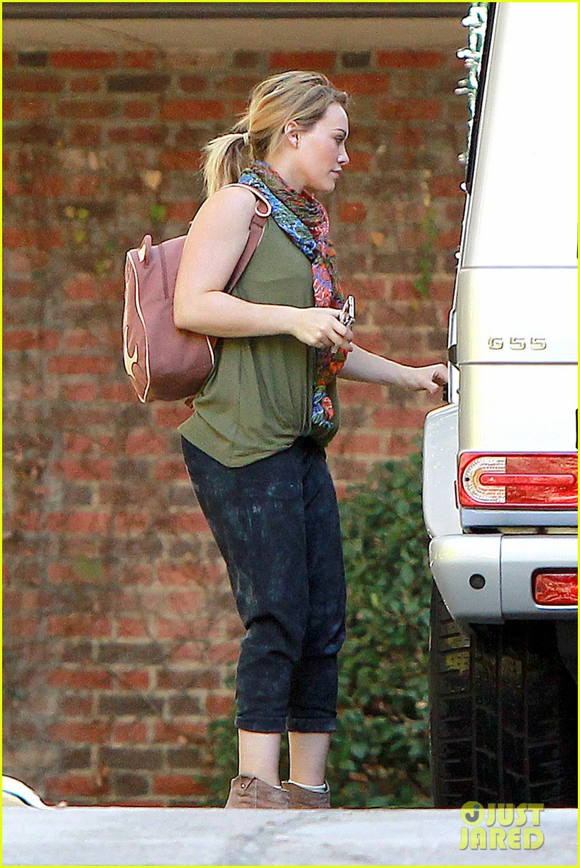 hilary duff new tv land show with sutton foster 143033753