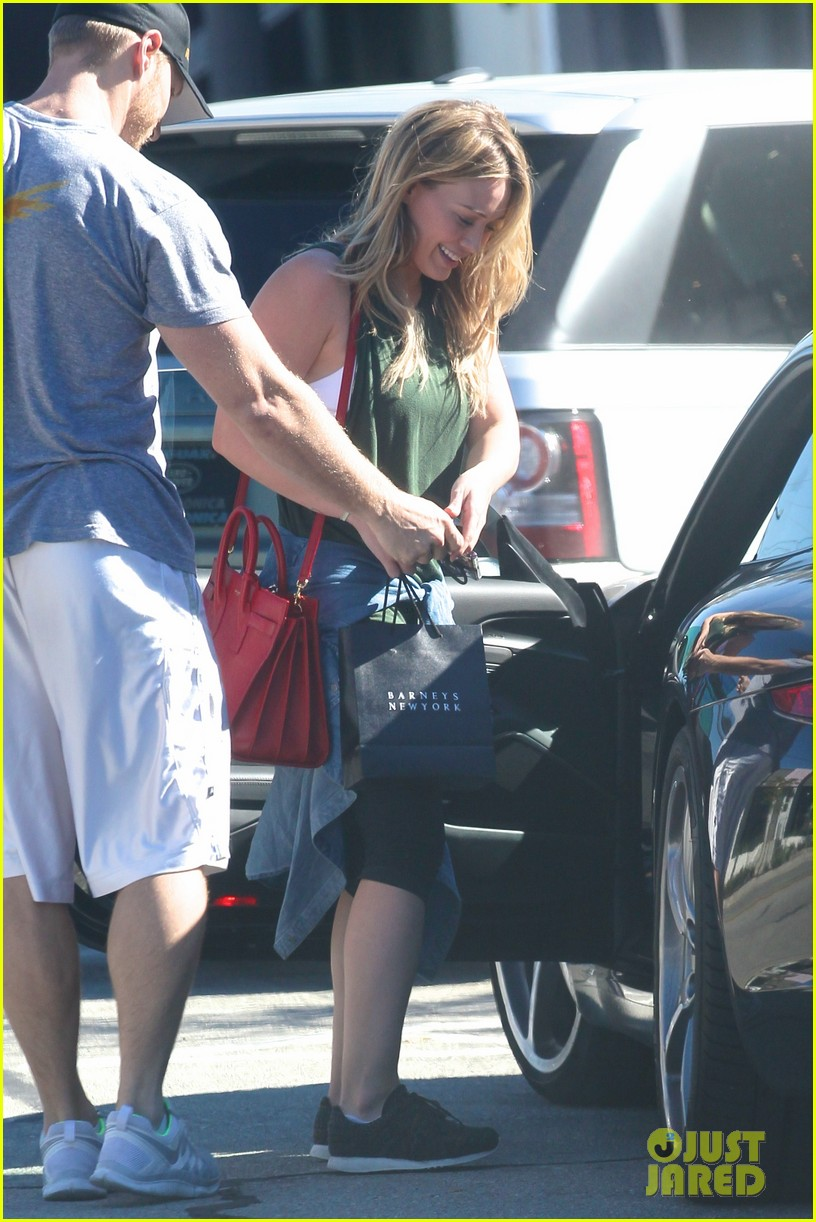 hilary duff new tv land show with sutton foster 213033760