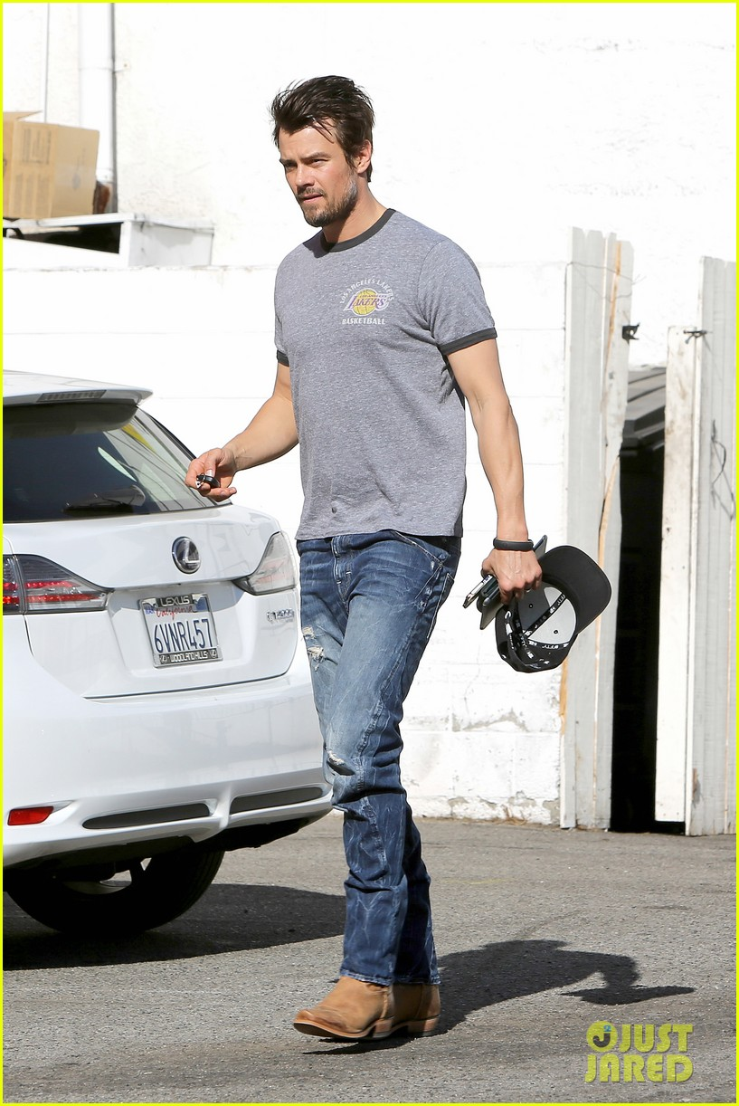 josh duhamel back in la after teaming up with pedigree at sundance 13