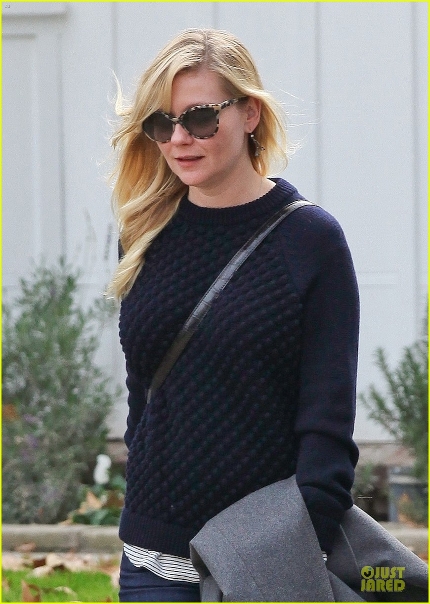 kirsten dunst lax departure before the golden globes 043030619