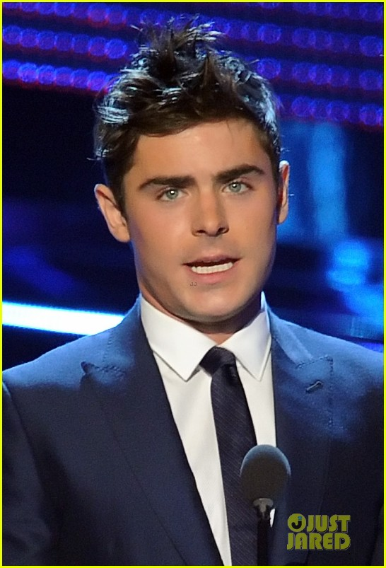 zac efron michael b jordan peoples choice awards 2014 10