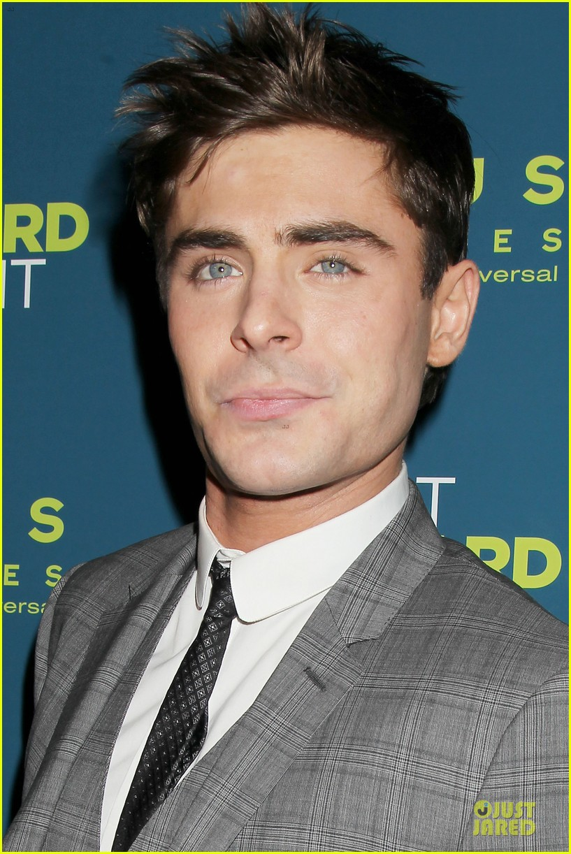zac efron imogen poots that awkward moment premiere 123038154