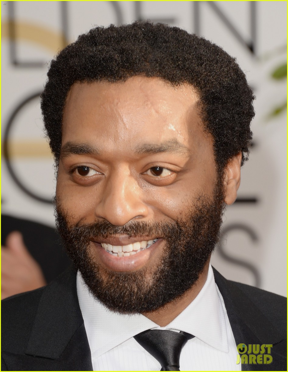 chiwetel ejiofor golden globes 2014 red carpet 023029146