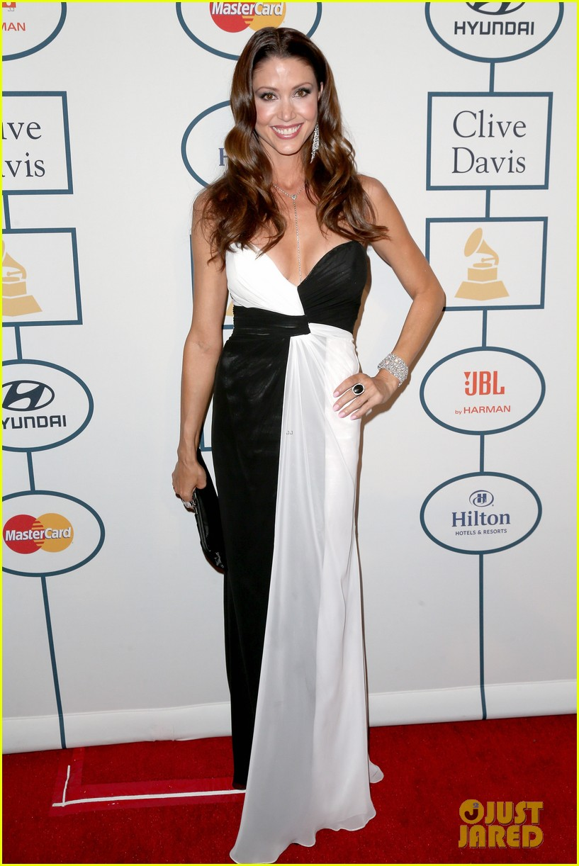 shannon elizabeth russell simmons new couple at grammys party 013040418