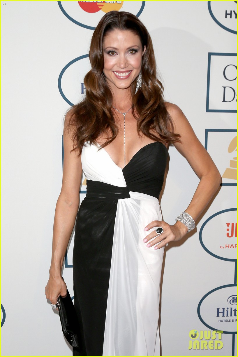 shannon elizabeth russell simmons new couple at grammys party 083040425