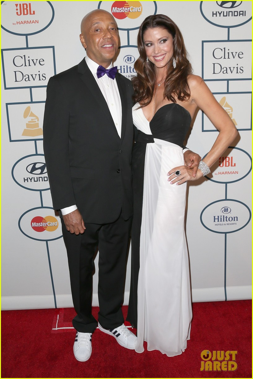 shannon elizabeth russell simmons new couple at grammys party 103040427
