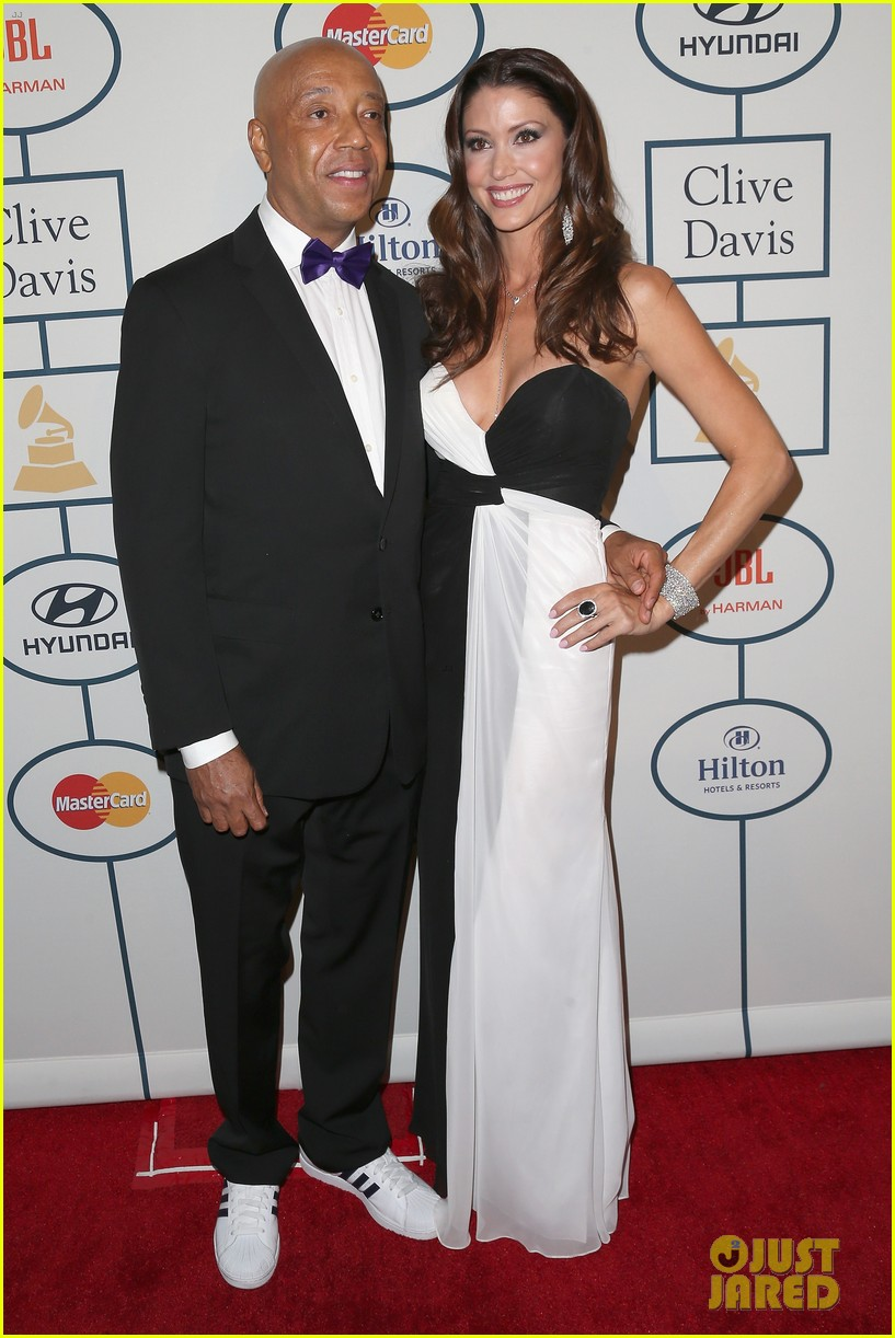 shannon elizabeth russell simmons new couple at grammys party 123040429