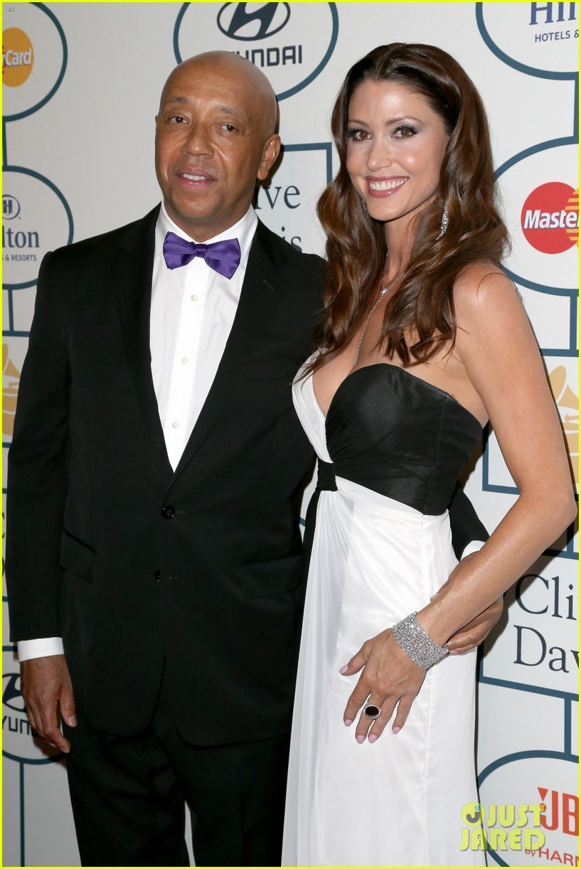 shannon elizabeth russell simmons new couple at grammys party 133040430