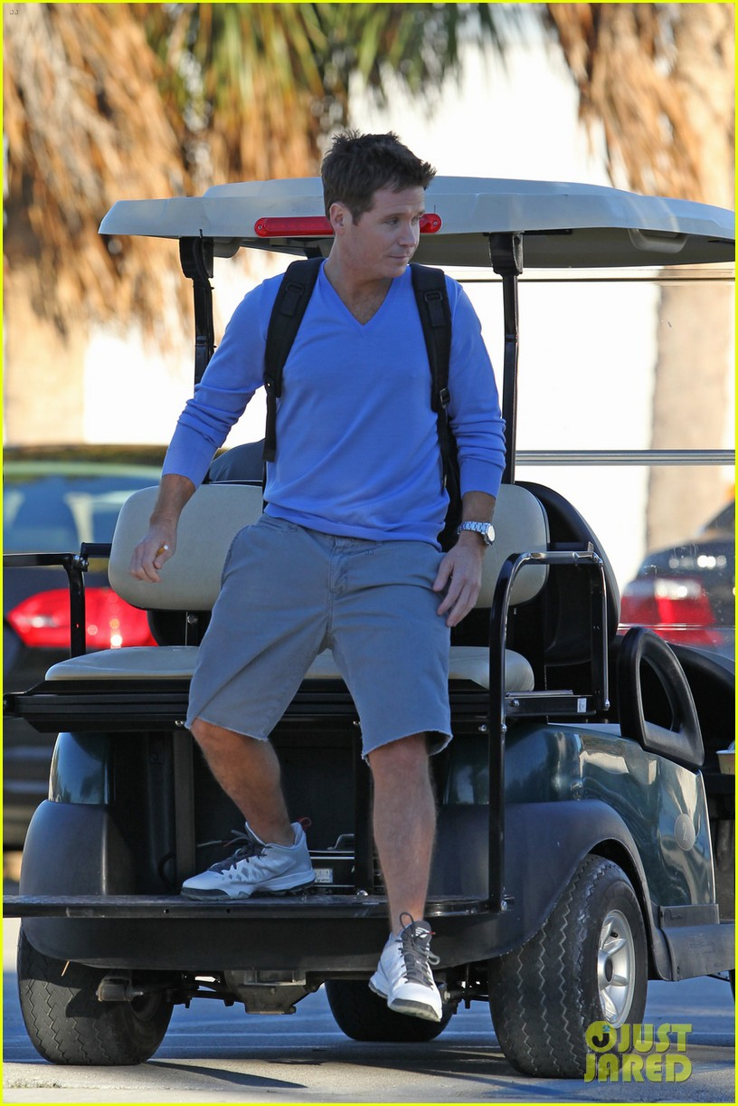 entourage movie begins filming in miami set photos here 013033240