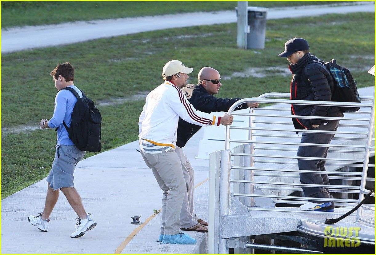 entourage movie begins filming in miami set photos here 133033252