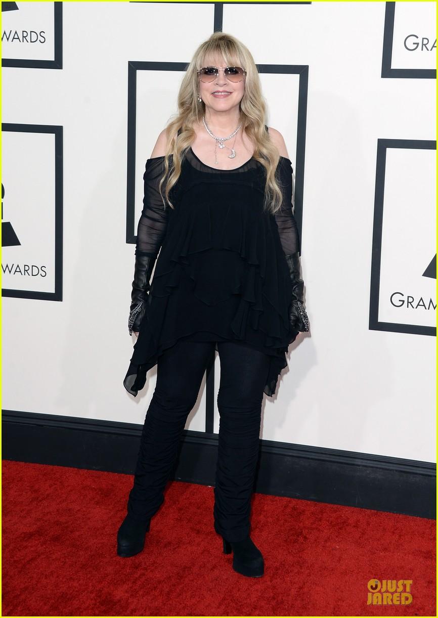 Gloria Estefan & Stevie Nicks - Grammys 2014 Red Carpet ...