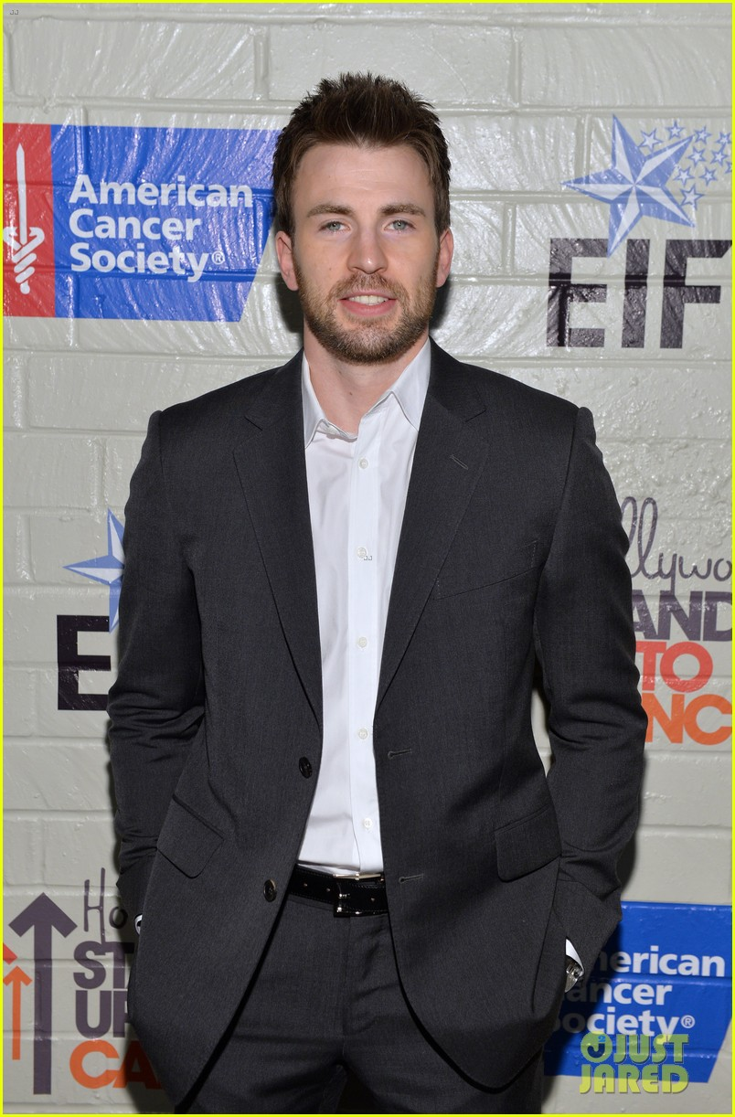 chris evans jamie foxx hollywoods hunks fight cancer 093043351