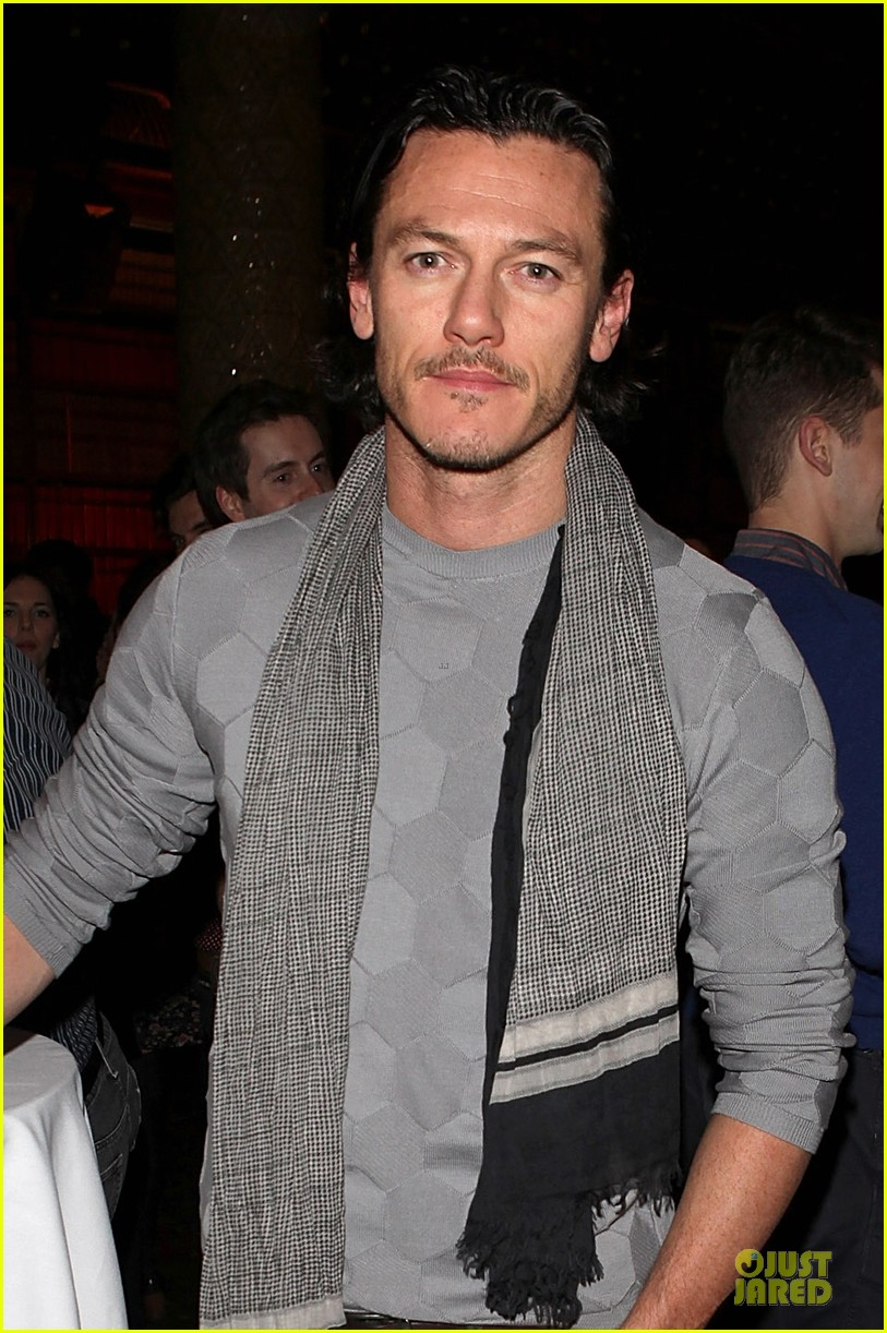 luke evans the weir press night performance 023037536