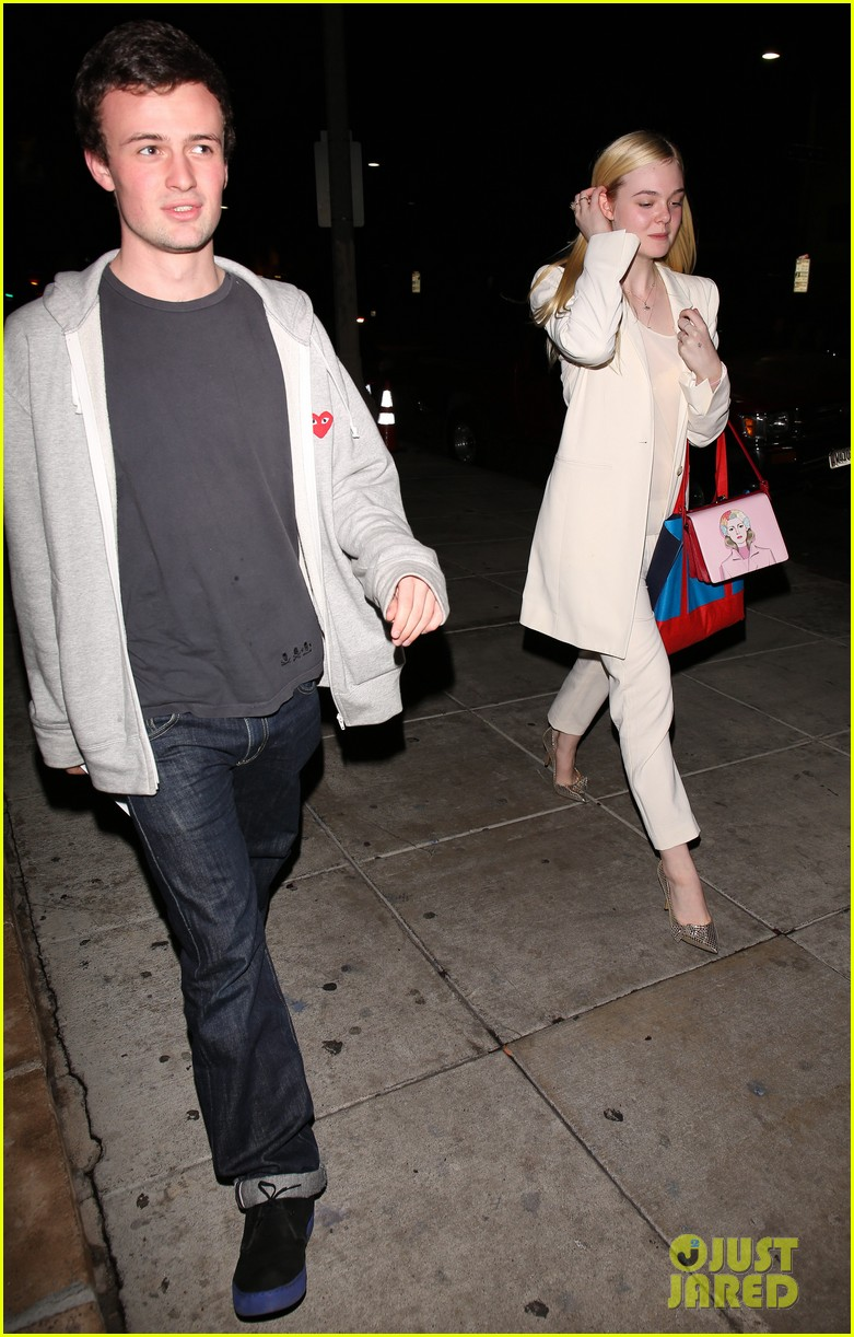 elle fanning matsuhisa dinner date with male friend 033042207