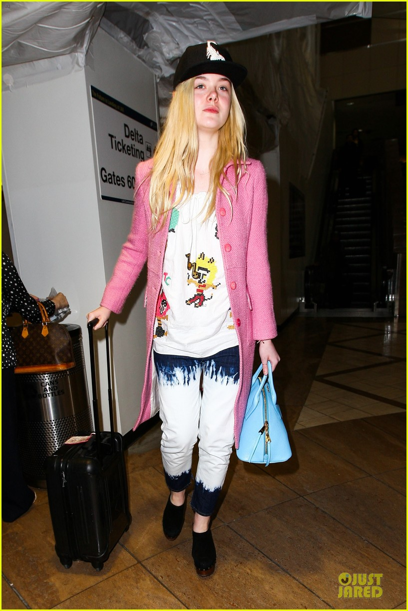 elle fanning wraps up sundance promo with lax landing 113037433