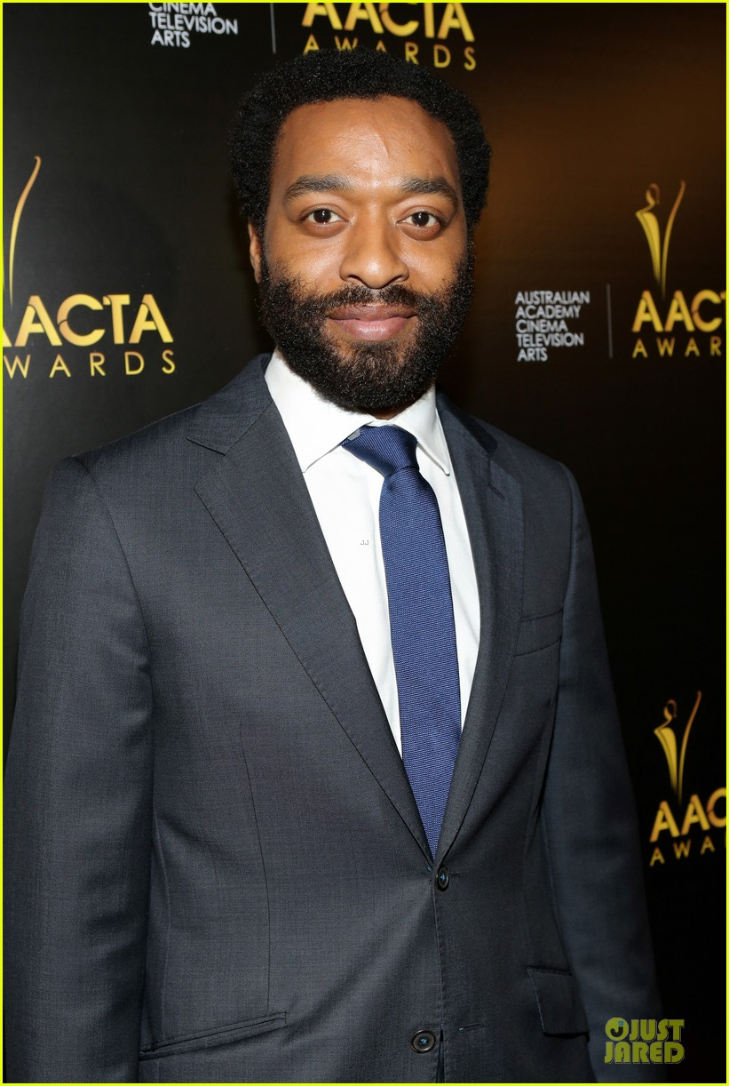 michael fassbender chiwetel ejiofor winners at aacta awards 2014 133027677