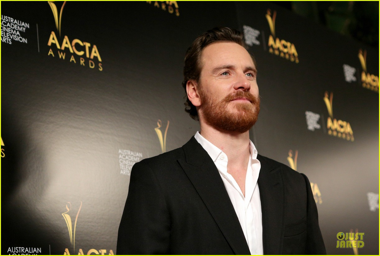 michael fassbender chiwetel ejiofor winners at aacta awards 2014 193027683
