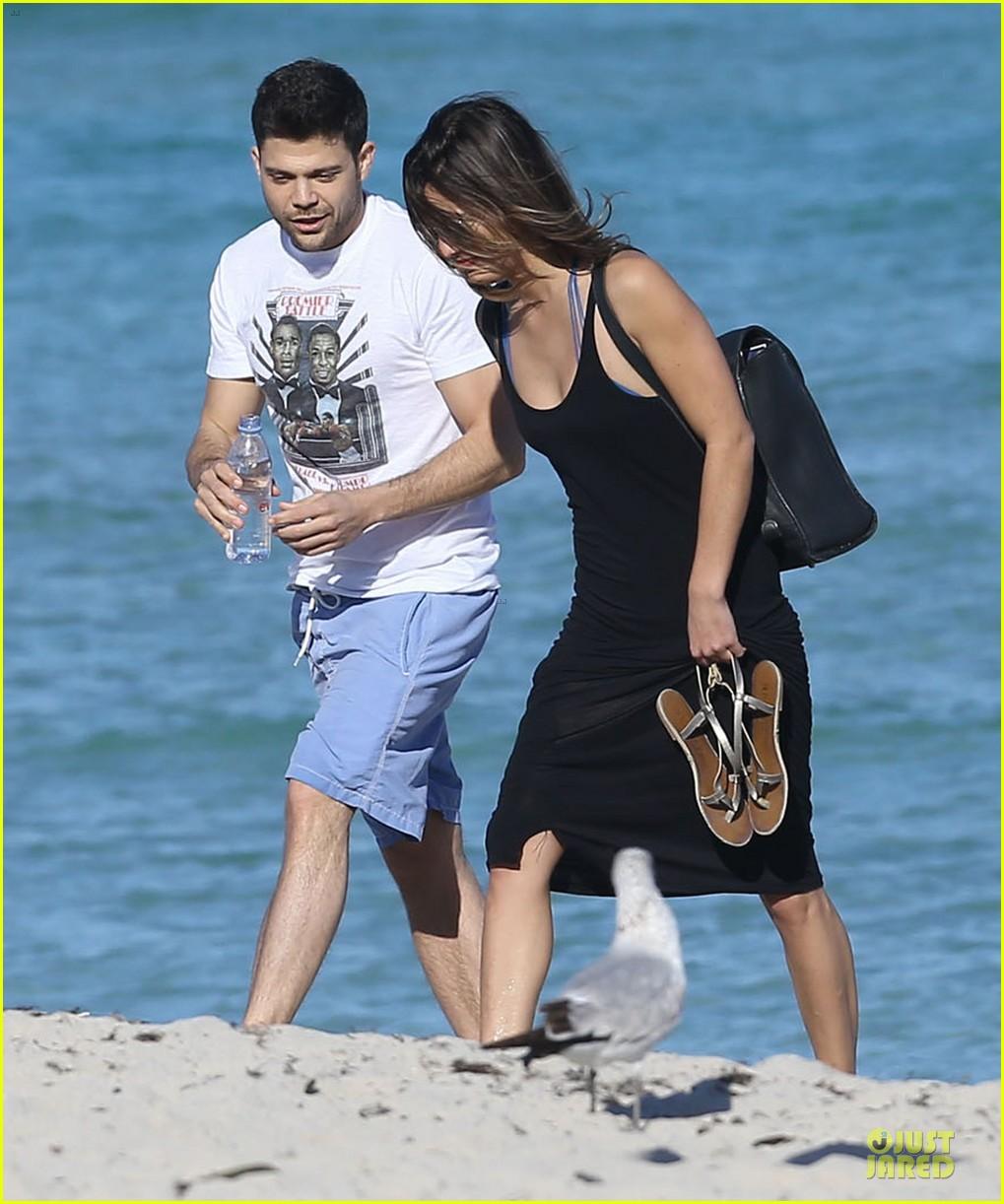 jerry ferrara shirtless miami beach lounging with girlfriend 073036114
