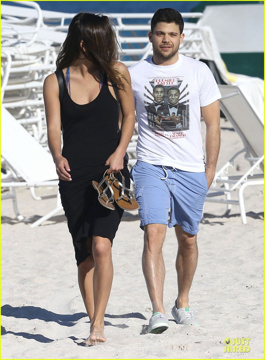 jerry ferrara shirtless miami beach lounging with girlfriend 103036117
