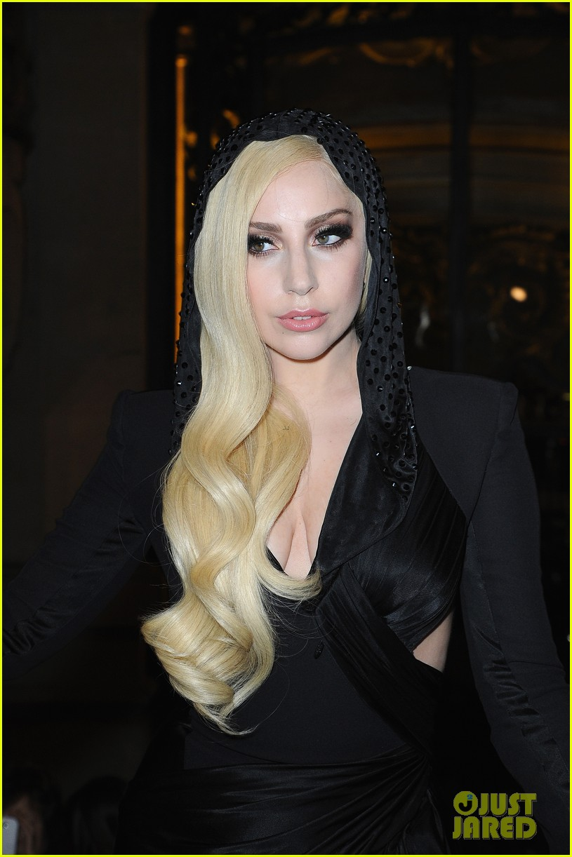 lady gaga front row at atelier versace paris show 063035489