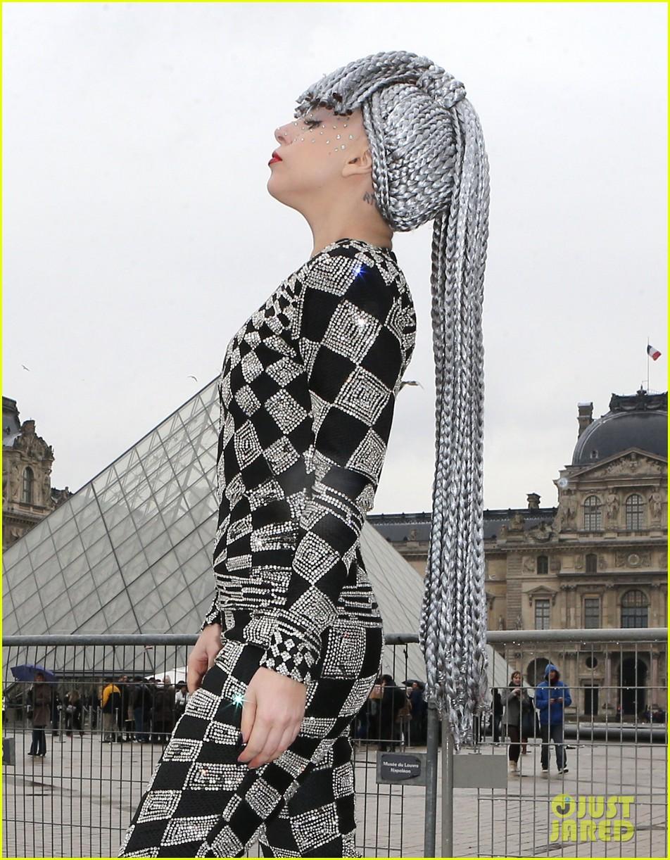 lady gaga visits museums during paris trip 023036311