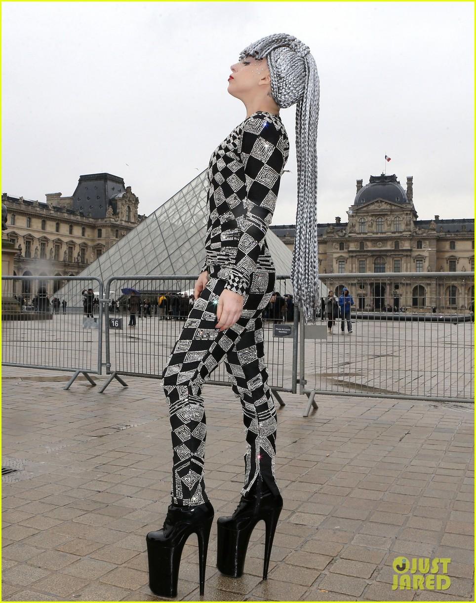 lady gaga visits museums during paris trip 103036319