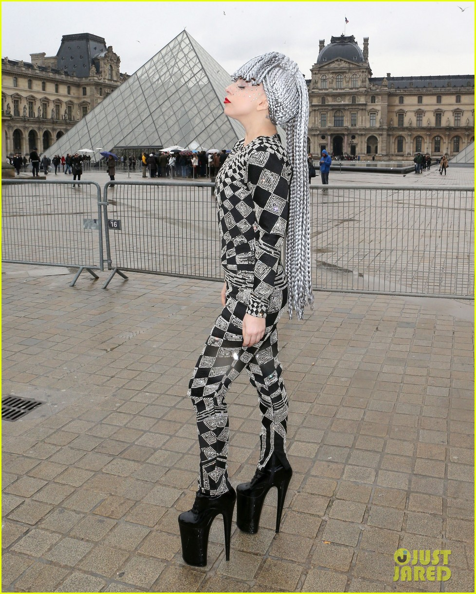 lady gaga visits museums during paris trip 113036320