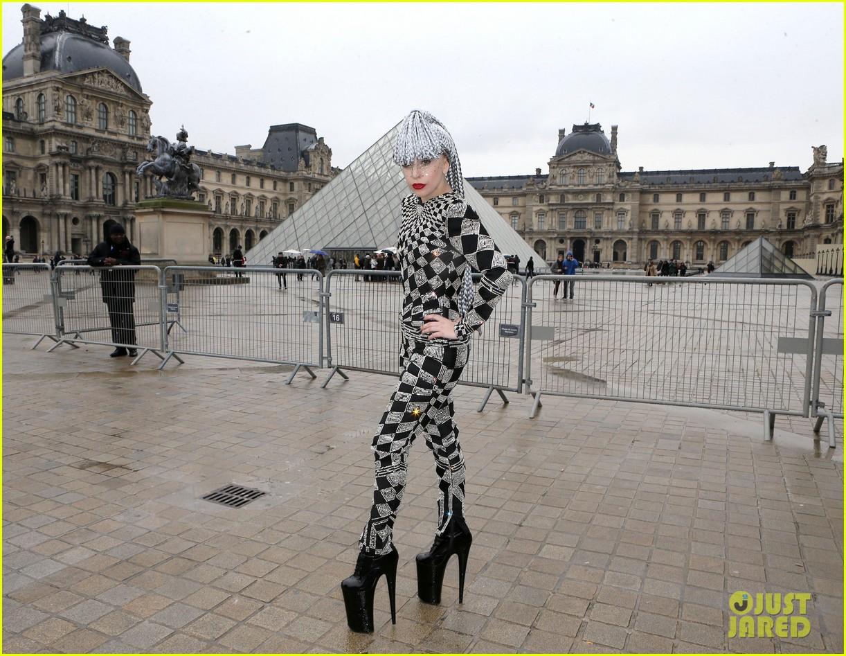 lady gaga visits museums during paris trip 133036322