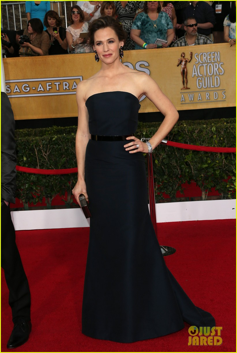 jennifer garner sag awards 2014 red carpet 043034726