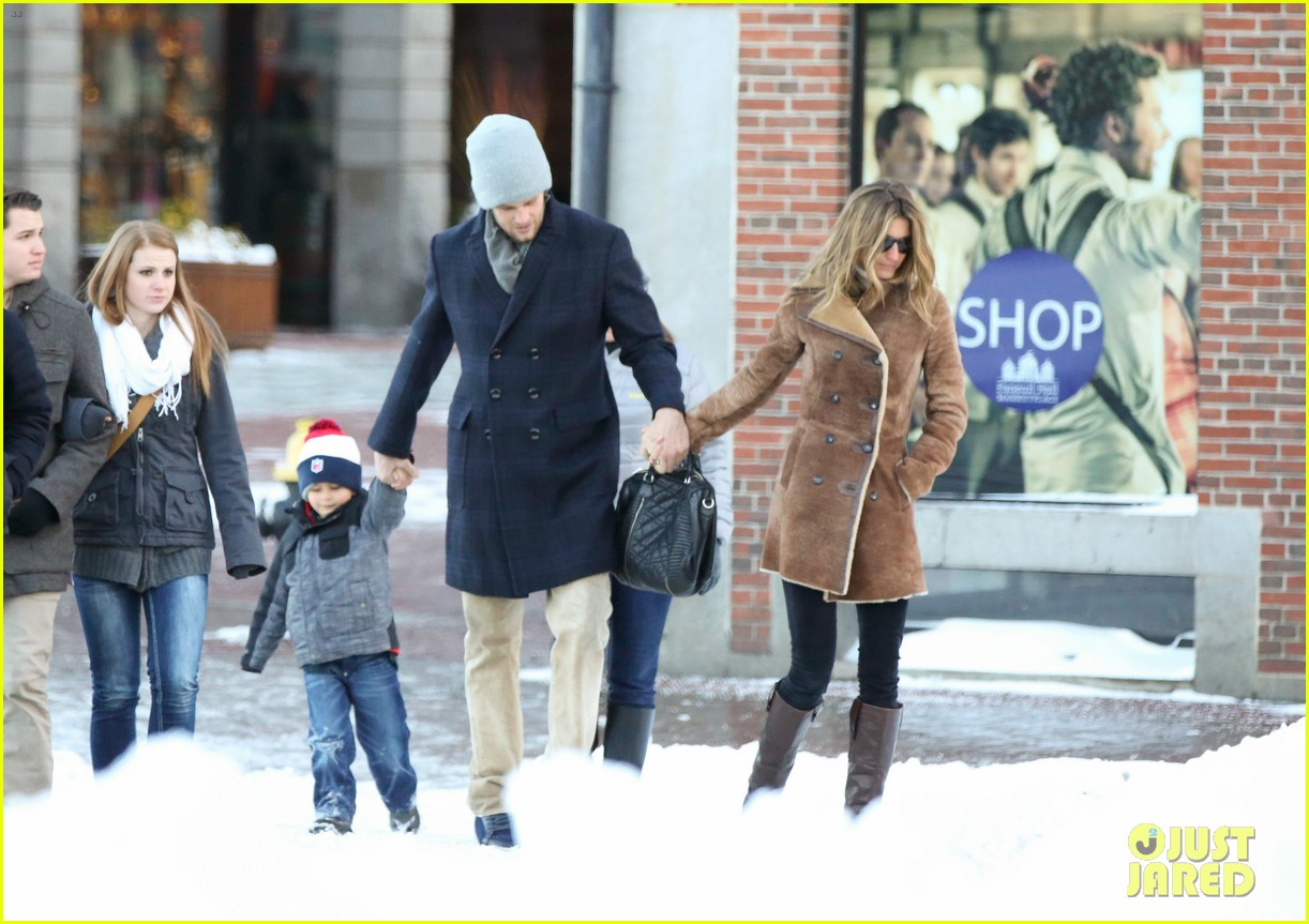 gisele bundchen tom brady boston fun with benjamin 033023032