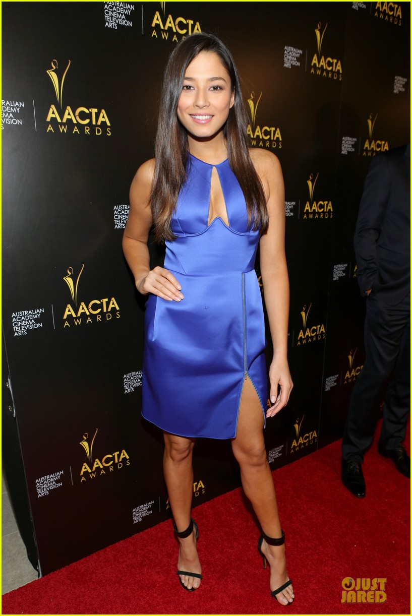 jessica gomes david o russell aacta awards 2014 013027724