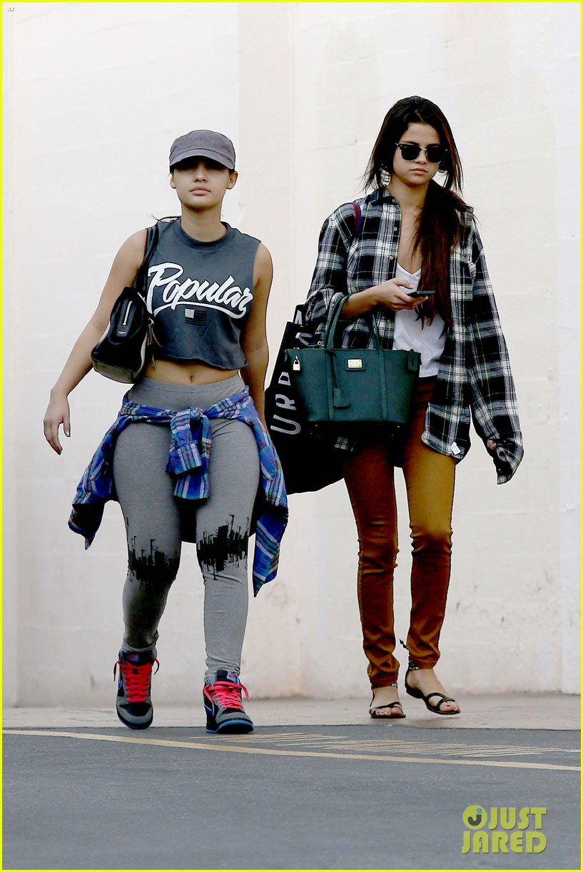 selena gomez shops before hanging out with justin bieber 183022446
