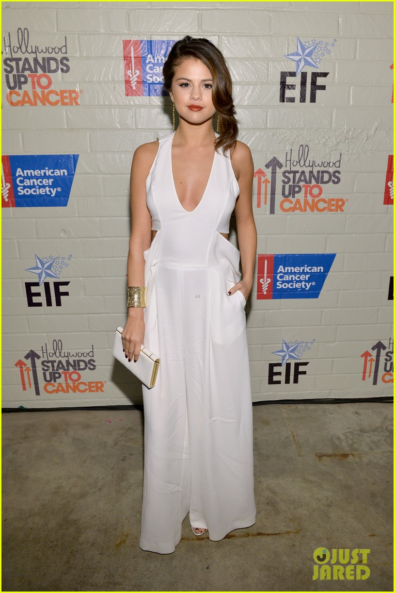 selena gomez lily collins help hollywood stand up to cancer 073043220