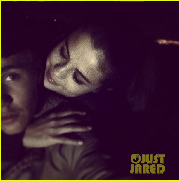 justin bieber to selena gomez love the way you look at me 023022427