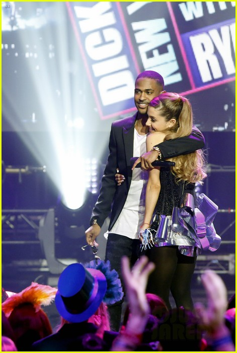 ariana grande dick clarks new years rockin eve performance video 04