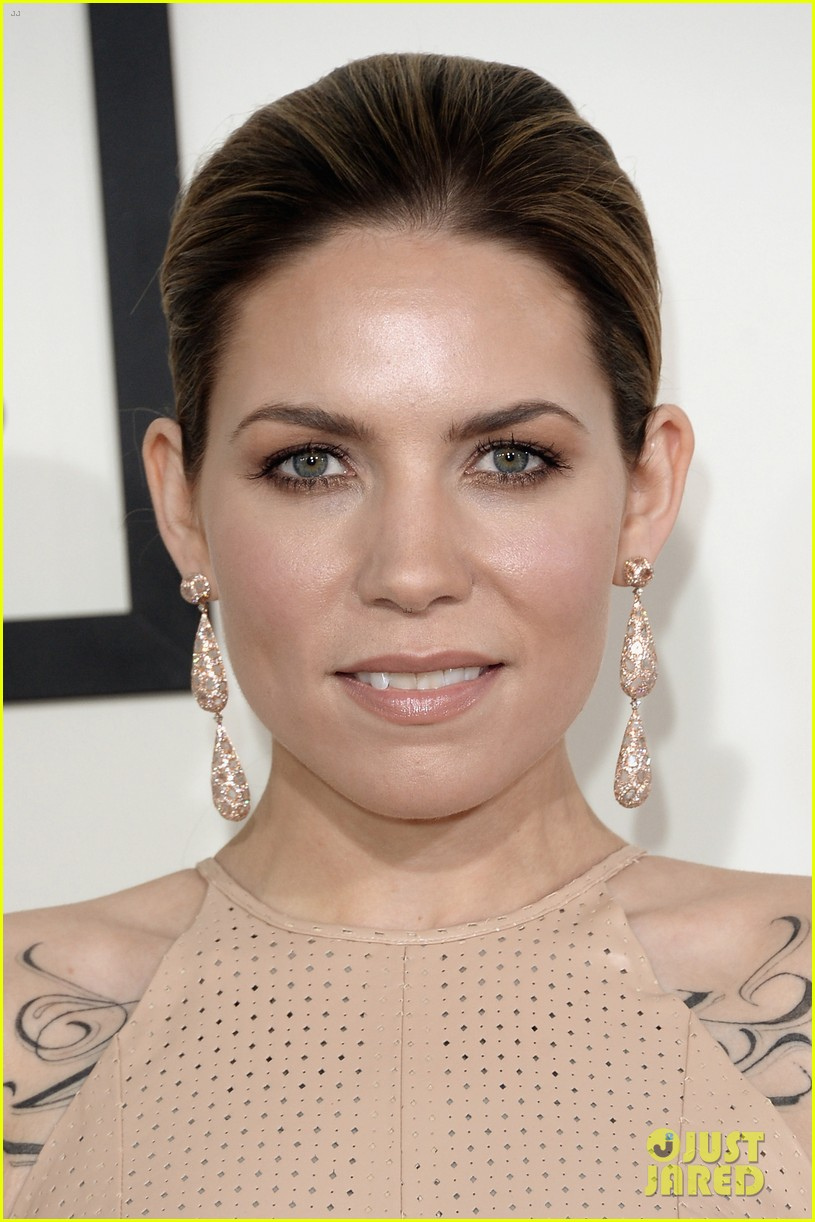 skylar grey grammys 2014 red carpet 023040908