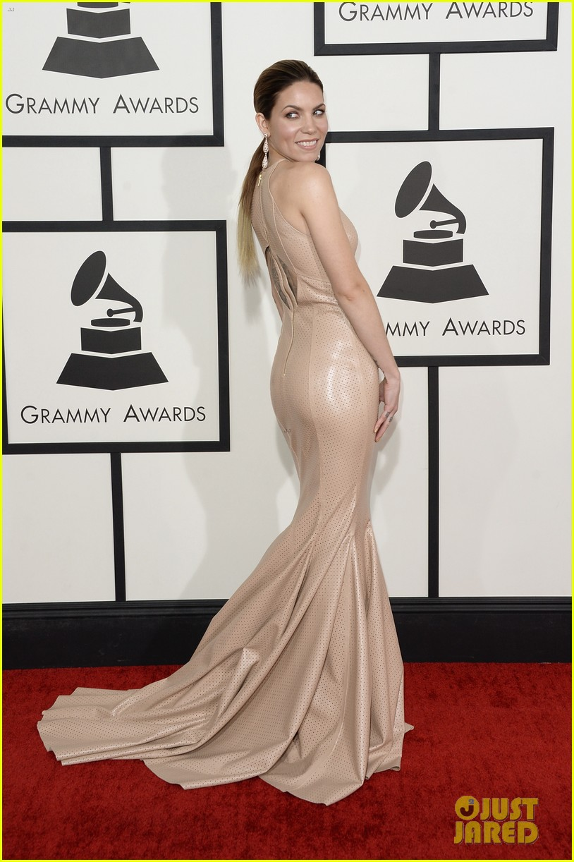 skylar grey grammys 2014 red carpet 053040911