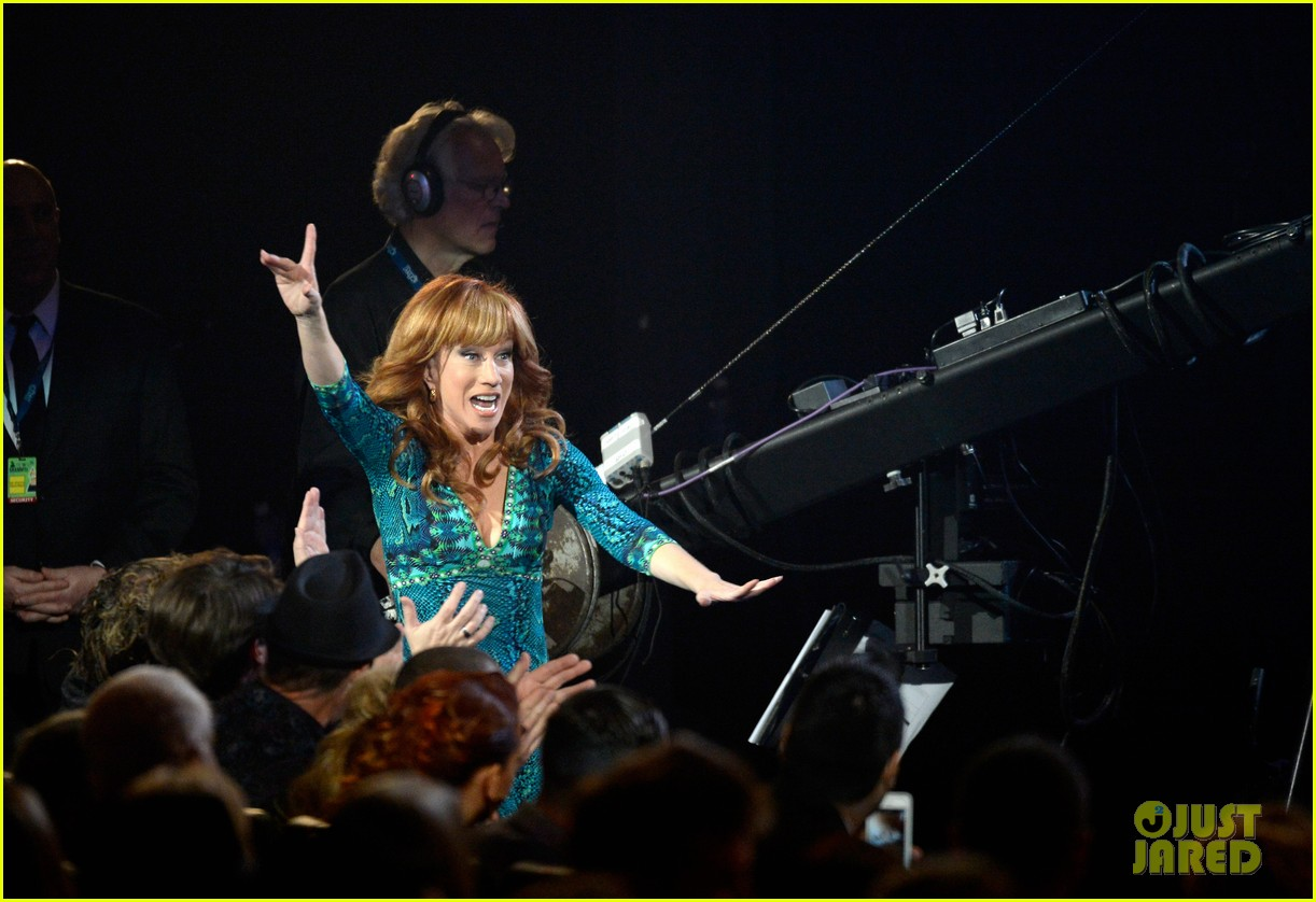 kathy griffin finally wins grammy for best comedy album 153041148