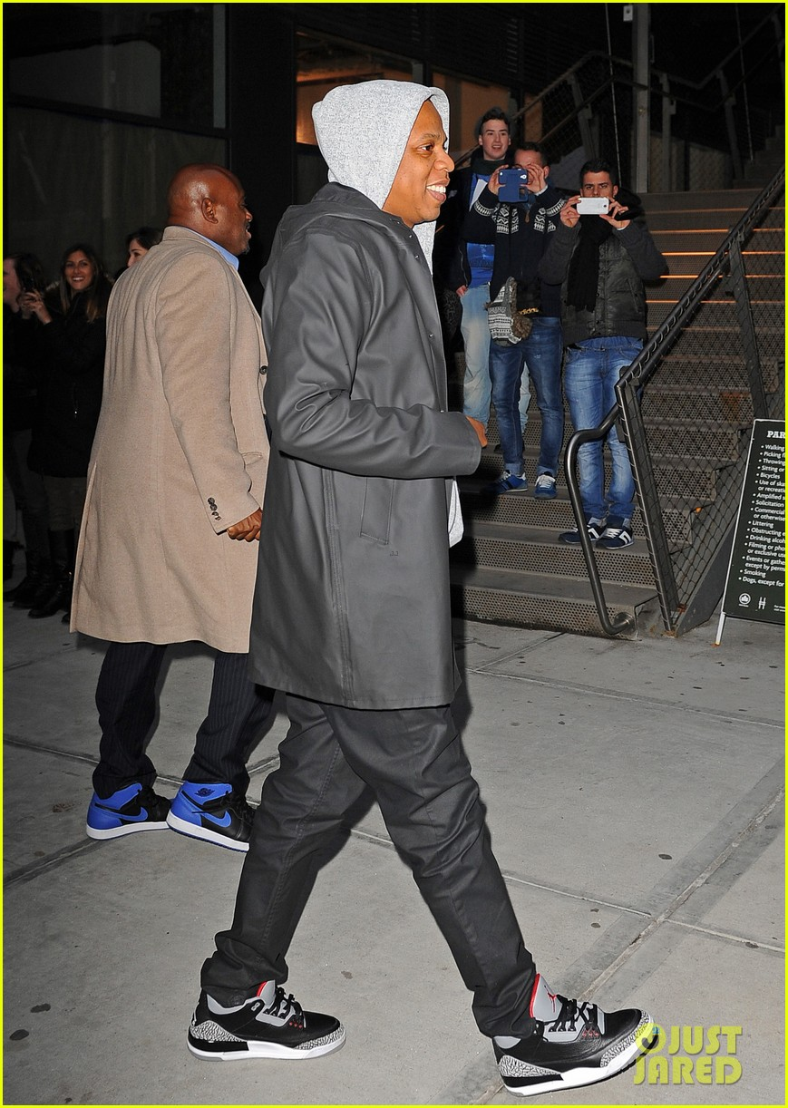 jake gyllenhaalj jay z meatpacking district meeting 103033500
