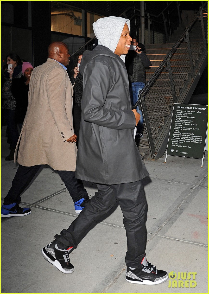 jake gyllenhaalj jay z meatpacking district meeting 113033501