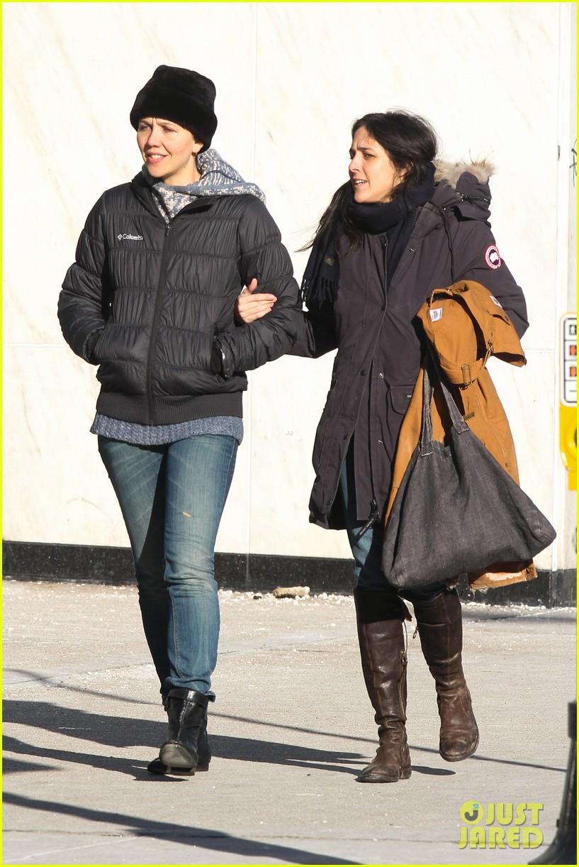 maggie gyllenhaal new york weather is bringing me down 033044921